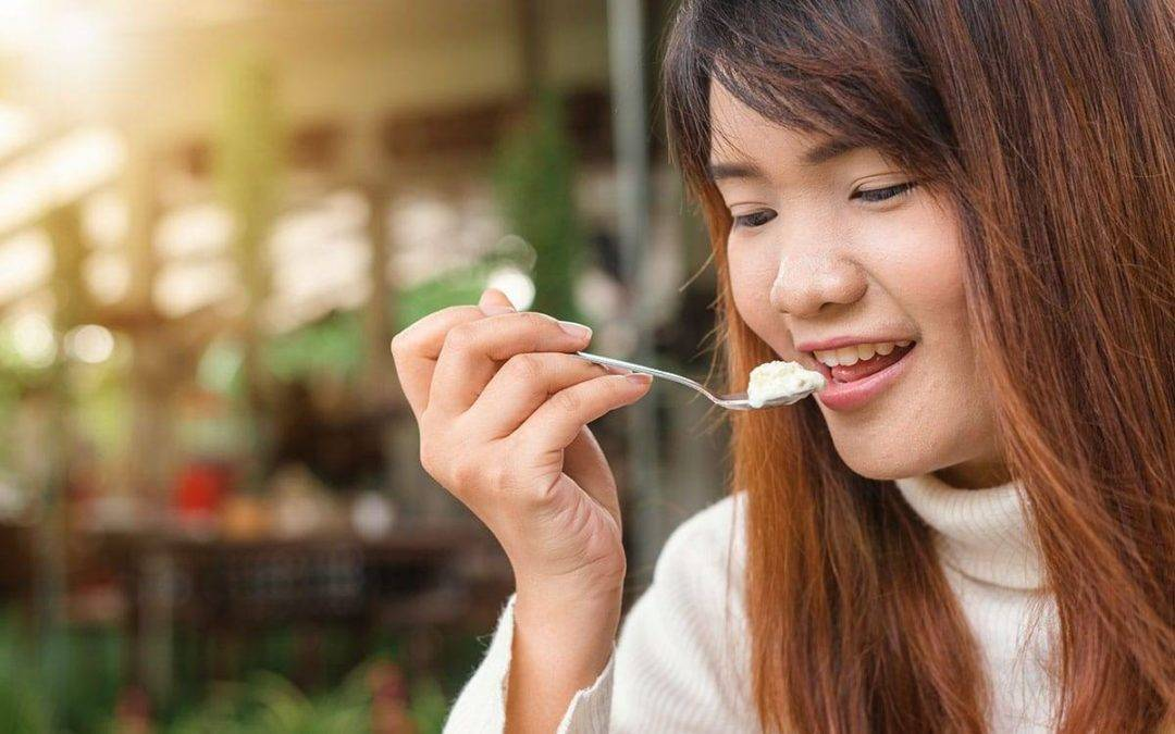 What Are The Right Food For Your Teeth?