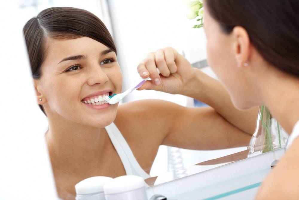 The Advantages Of Brushing Your Teeth